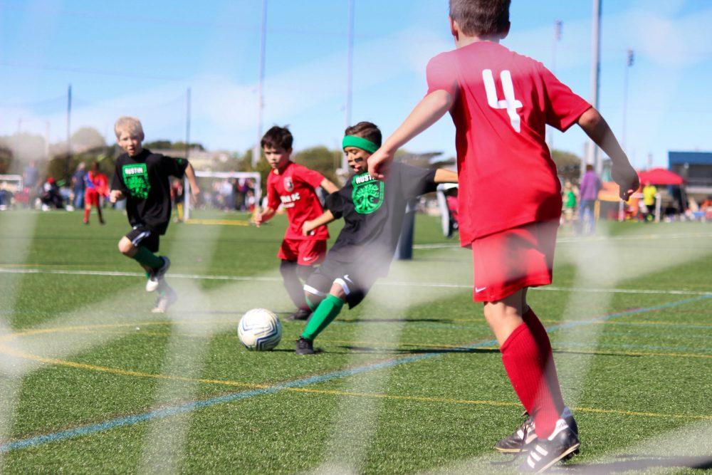 Lasten ja nuorten on voitava jatkaa harrastamista ja koulunkäyntiä