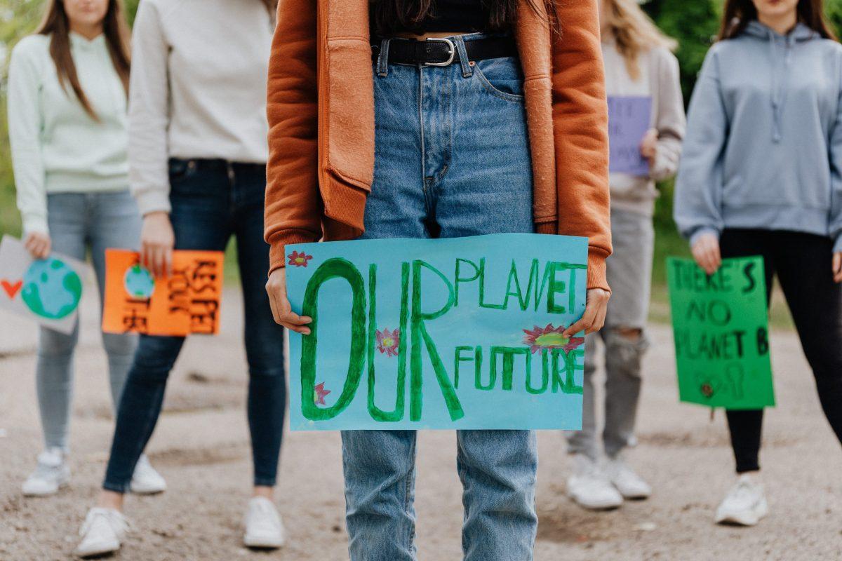 Ilmastokriisi pakottaa nuoret supersankareiksi