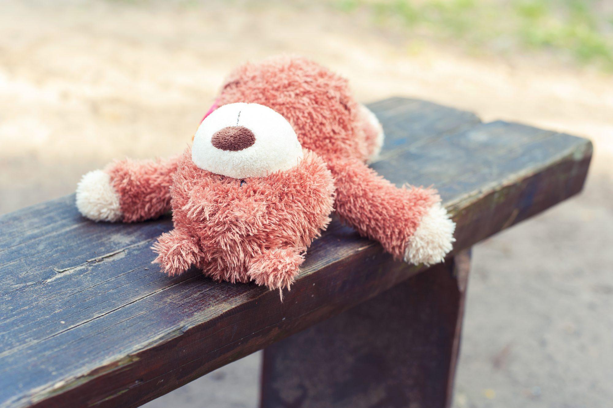 Lapsenmurha järkyttää, mutta kuka on syyllinen?
