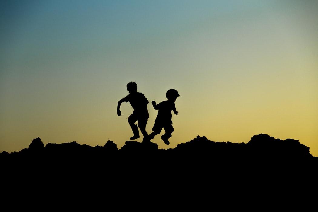 Yksintulleiden lasten ja nuorten oikeuksien tulee näkyä hallitusohjelmassa